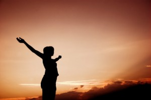 inspirational-woman-silhouette_1160-28